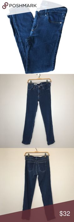 """Adriano Goldschied Prima mid-rise cigarette jeans Good condition Adriano Goldschied Prima mid-rise cigarette Jeans. Size tag has been cut out. Waist measures approximately 28"""". Inseam: 27.5"""" Ag Adriano Goldschmied Jeans Skinny"""