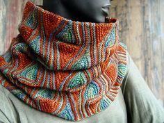 Ravelry: Snood Barcelona pattern by Svetlana Gordon Knit Cowl, Knitted Shawls, Crochet Scarves, Knit Crochet, Knit Hats, Knitting Designs, Knitting Patterns, Knitting Ideas, Shawl Patterns