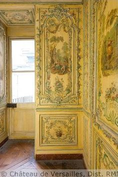 Poet's cabinet in the Queen's apartment - Versailles