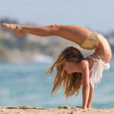 These girls are so flexible, it's crazy. You'll think this is photoshop!