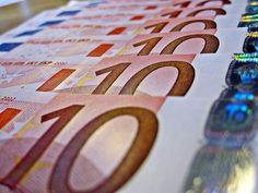Dopo le stangate di marzo ed aprile torna il nostro appuntamento mensile con lo scadenzario fiscale che in questa specifica occasione si concentrerà sul mese di maggio 2012.