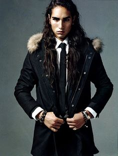 Willy Cartier, total babe
