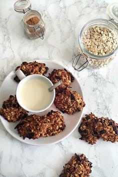 🌿//NEW// Sur le blog, des #cookies d'#automne à la #pomme, #carotte, flocons d'avoine et épices douces ! Ils sont savoureux, réconfortants et pourtant sans sucre ajouté ! 😍  >> http://mysweetfaery.com/cookies-dautomne-sans-sucre-sugar-free-fall-cookies/  #healthycookies #plantbaseddiet #automntreats #healthytreats #sweettreats #healthybaking #dairyfree #glutenfreetreats #carrot #apple #floconsdavoine #oats #pumpkinspiceeverything #sugarfree #sugarfreecookies #sugarfreedessert #sanssucre