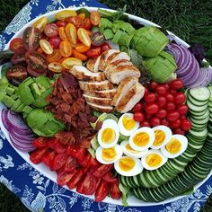 """. Family Size Cobb Salad~ Baby Spring Greens Various Tomatoes Fresh Avocado English Cucumber Red Onion Grilled Chicken Boiled Eggs Nitrate Free Bacon To make a healthier Blue Cheese Dressing: 1 cup Greek Yogurt 1 or 2 Tbsps unsweetened almond milk Whisk those 2 ingredients together until yogurt is a bit more """"pourable"""" Then add: 2-4 Tbsps all natural Blue Cheese crumbles 1/2 tsp fresh lemon juice 1/4 tsp garlic salt"""