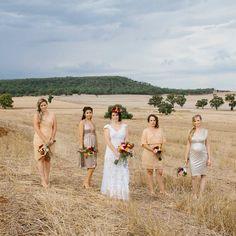 X Bridesmaid Dresses, Wedding Dresses, Wedding Photography, Fashion, Bridesmade Dresses, Bride Dresses, Moda, Bridal Gowns, Fashion Styles