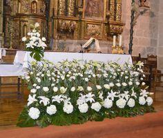 Decoración floral de la Iglesia de Almeida
