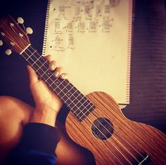 What kind of songs do you write on your #OhanaUkulele - tell us!   Photo credit: @_brittbreezy