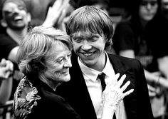 Harry Potter cast: Maggie Smith and Rupert Grint... Adorable.