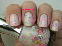 GLITTER ON MY NAILS: G 11-5 Neon Glitter by Yes Love.