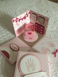 Our baby gift box eiko for girls is ideal as a sin título. Baby Shower Gifts For Boys, Baby Shower Cards, Baby Cards, Card In A Box, Pop Up Box Cards, Baby Gift Box, Baby Box, Box Cards Tutorial, Card Making Templates