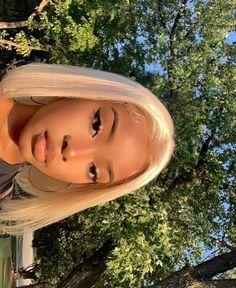 Beautiful Black Girl, Pretty Black Girls, Brown Blonde Hair, Blonde Bobs, Black Girl Aesthetic, Aesthetic Hair, Aesthetic Light, Brown Aesthetic, Baddie Hairstyles