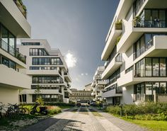 """Zanderroth architekten recently completed the joint building venture project """"li01"""" - an ensemble of six solitary houses surrounded by 5.000 sq m of.."""