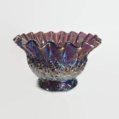 Daisy and Button Carnival Glass Bowl by L. E. Smith
