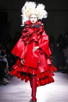 Harriet Walker reports on the Comme des Garcons show - Comme Des Garcons @ Paris Womenswear S/S 2015 - SHOWstudio - The Home of Fashion Film