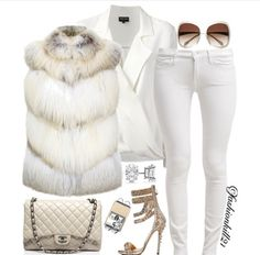 Snow white winter fashion ❤️This Winter Wonderland Outfit I would change out the shoes to a Cute Embellished Bootie though. Look Fashion, Fashion Outfits, Womens Fashion, Fall Winter Outfits, Autumn Winter Fashion, Classy Outfits, Stylish Outfits, Mode Style, Style Me