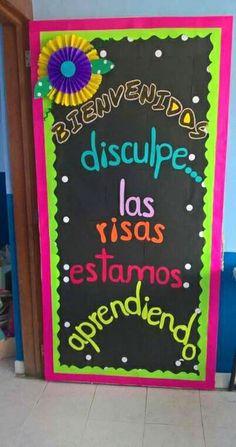Preparing door Spanish Classroom Door, Spanish Bulletin Boards, Teacher Bulletin Boards, Teacher Doors, New Classroom, Classroom Themes, Class Door, School Doors, Board Decoration