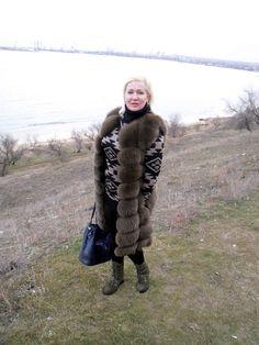 Furs, Fur Trim, Fur Coat, Winter Jackets, Lady, How To Wear, Fashion, Scale Model, Winter Coats