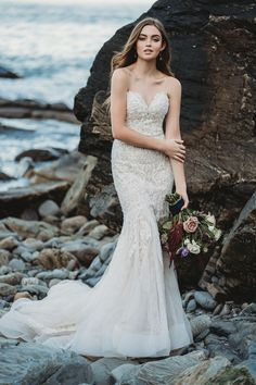 Top 10 Wedding Dress Shopping Tips From A Real Bridal Stylist Allure Bridals sweetheart lace wedding dress Top 10 Wedding Dress Shopping Tips From A Real Bridal Stylist Allure Bridals sweetheart lace wedding dress Lace Mermaid Wedding Dress, Gorgeous Wedding Dress, Mermaid Dresses, Dress Lace, Allure Couture, Popular Wedding Dresses, Bridal Wedding Dresses, Lace Wedding, Luxury Wedding Dress