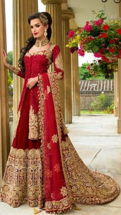 Pakistani wedding dresses and bridal Lehenga are so loved by everyone for their intricate designs and heavy embroidery. Indian Bridal Outfits, Indian Bridal Lehenga, Indian Bridal Fashion, Indian Bridal Wear, Asian Bridal, Pakistani Wedding Dresses, Indian Dresses, Dress Wedding, Anarkali
