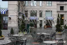 Cafe Du Parc | A great location for a rehearsal dinner in Washington, DC | www.partyista.com