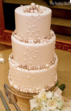 """Smaller version of this from Amber. """"pearl"""" theme cake"""