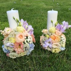 Wedding candles #flowerdipity #wedding #candles #lila #peach #blue #white #flowers Pillar Candles, White Flowers, Peach, Blue, Wedding, Lilac, Valentines Day Weddings, Peaches, Hochzeit