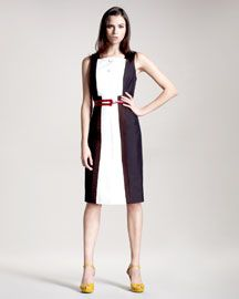 Carolina Herrera Colorblock Dress. I'm a bit over the colour-blocking but this is lovely.