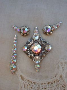 Glacier Ice Bindi SET  bindi eye accents and by KuhlJewels on Etsy, $35.00