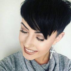 Neue Frisur fällig? Wie wär's mit etwas Inspiration Dank dieser 12 Kurzhaarfrisuren in verschiedenen Farben? Etwas für Dich dabei? - Neue Frisur