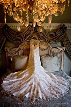 Beautiful way to display and photograph the dress