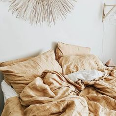 the only way to get me me out of this linen heaven every day is to drag me out ⋒
