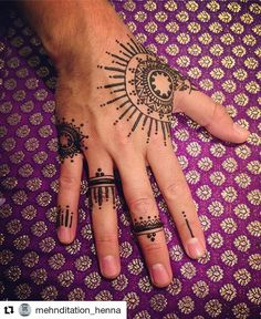 Without the finger parts - HENNA mehndi - Henna Designs Hand Henna Hand Designs, Henna Designs For Men, Tribal Henna Designs, Geometric Henna, Henna Tattoo Designs, Mehndi Art Designs, Henna Tattoo Hand, Hand Tattoos, Henna Body Art