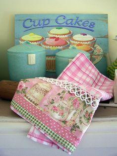 Retro red floral Decorative kitchen towel lace edged tea towel