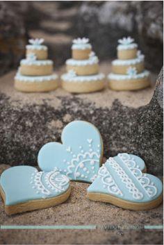 Wedding Cookies by Yummies www.yummies.com.au Jetty Blue, wedding photography www.jettyblue.com.au