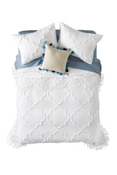 Tufted Tile Bedspread by Nordstrom Rack on Honeymoon Island, Bed Spreads, Nordstrom Rack, Dorm, Bed Pillows, Pillow Cases, Tile, Free Shipping, Dormitory