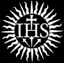 """El emblema o monograma que representa el Santísimo Nombre de Jesús consiste de las tres letras: IHS. En la Edad Media el Nombre de Jesús se escribía: IHESUS; el monograma contiene la primera y la última letra del Santísimo Nombre. Se encuentra por primera vez en una moneda de oro del siglo VIII: DN IHS CHS REX REGNANTIUM (El Señor Jesucristo, Rey de Reyes). Algunos equivocadamente sostienen que las tres letras son las iniciales de """"Jesús Hominum Salvator"""" (Jesús Salvador de los Hombres)."""