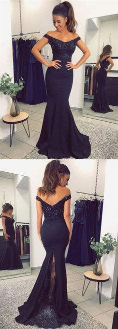 Prom Dress Fitted, V Neck Long Navy Blue Mermaid Evening Dresses Lace Off The Shoulder There are delicate lace prom dresses with sleeves, dazzling sequin ball gowns, and opulently beaded mermaid dresses. Mermaid Prom Dresses Lace, Prom Dresses 2018, Lace Evening Dresses, Evening Gowns, Lace Dress, Lace Mermaid, Lace Maxi, Long Mermaid Dress, Party Dresses