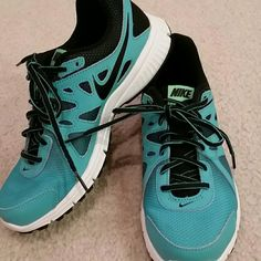 2fb46a803a4b Brand new Nike Revolution 2 sneakers