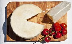 Mykonos Cheesemakers mix tradition and new techniques