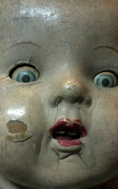 Antique dolls  paranormal  haunting look   creepy scared