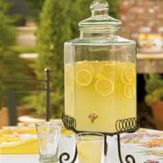 Its All About The Lemon. Here is the best recipe for lemonade you will ever drink.