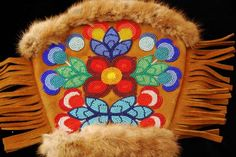mittens presented to Mr. Darvell in 1968 by the Chief of the Local First Nations Band in Selkirk Manitoba in recognition of his contribution to the local community. South American Art, American Indian Art, Native American Art, Embroidery Flowers Pattern, Flower Patterns, Beading Patterns, Beading Ideas, Nativity Crafts, Native American Beadwork