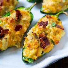 Cajun Crab Stuffed Jalapenos are stuffed full of cream cheese, fresh crab meat, cheddar cheese, and bacon. This spicy appetizer is wonderfully creamy and cheesy with plenty of kick. Spicy Appetizers, Appetizers For Party, Appetizer Recipes, Crab Appetizer, Nachos Supreme, Jalapeno Recipes, Crab Recipes, Party Recipes, Keto Recipes