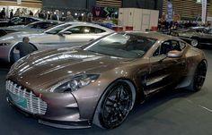 https://flic.kr/p/N5Zkry | Salon Epoqu'Auto Lyon Eurexpo 2016-11 | Aston-Martin ONE 77 année 2008-V12-750CV-354KM/H-77 exemplaires