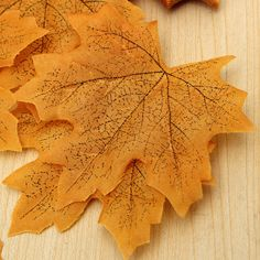 50-200PCS MAPLE FALL AUTUMN LEAVES LEAF WEDDING PARTY FAVOR DECOR CHIC ART CRAFT
