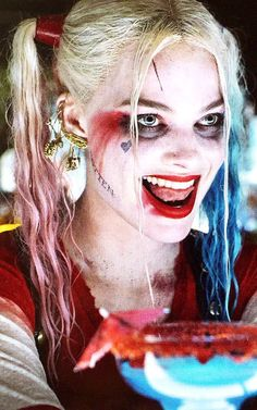 Find images and videos about joker, harley quinn and suicide squad on We Heart It - the app to get lost in what you love. Tatuaje Harley Quinn, Harley Quinn Tattoo, Harley Quinn Drawing, Harley Quinn Halloween, Harley Quinn Cosplay, Joker And Harley Quinn, Maquillage Harley Quinn, Arley Queen, Harle Quinn