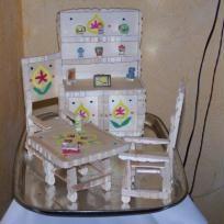 chaise en demi pince linge activit s demi pince linge pinterest bricolage. Black Bedroom Furniture Sets. Home Design Ideas