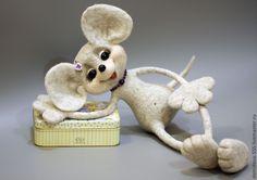 """Купить Мышь """"ПОЗИТИВНАЯ НЯШКА"""" - серый, мышь, мыши, игрушки, игрушки ручной работы"""