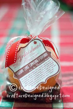 Crafts reDesigned: Holiday Spice Simmering Potpourri with FREE printable tags!