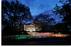 Have you seen Bruce Monroe's Light exhibit at Cheekwood yet? If not, I suggest you go this weekend. #HotNashville